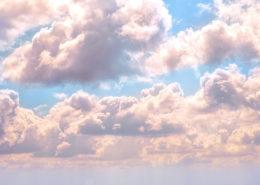 Hvide lette skyer, om repræsentere din krop efter Keto.